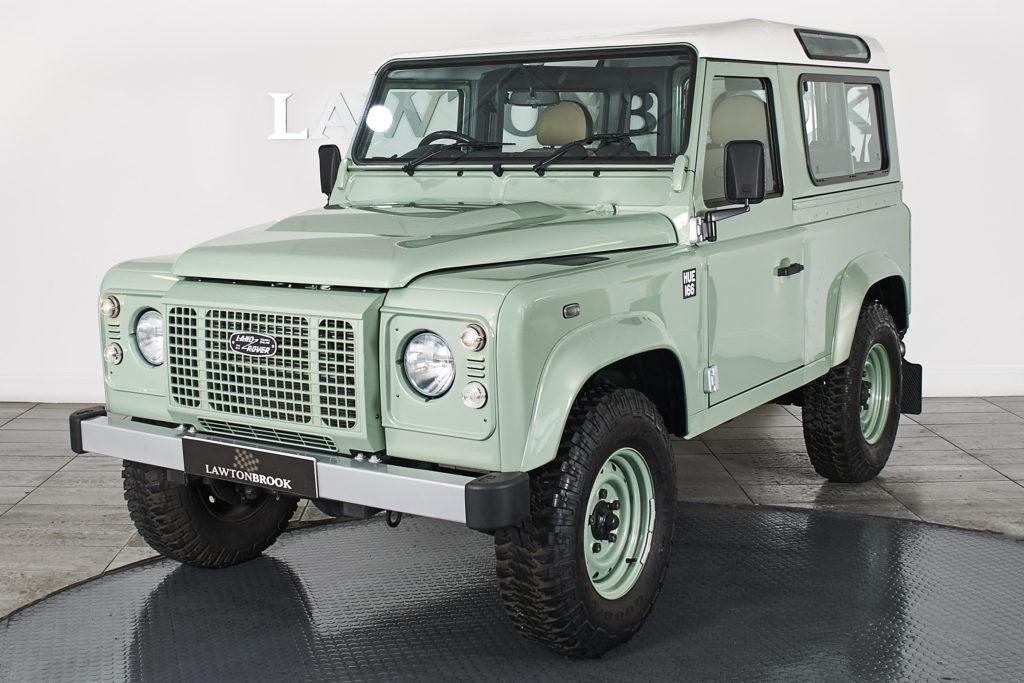 Land Rover Defender 90 2.2 D Heritage Edition Station Wagon
