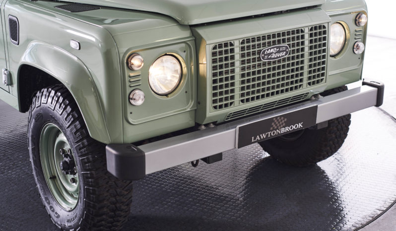 Land Rover Defender 90 2.2 D Heritage Edition Station Wagon full