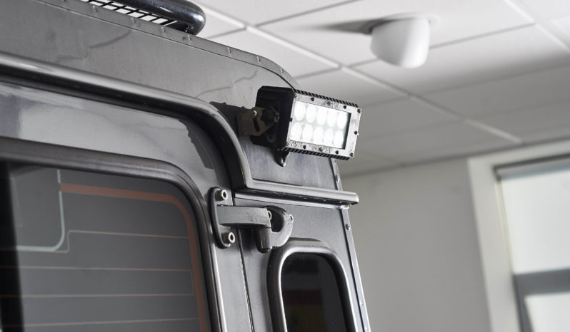 Land Rover Defender 110 2.2 D DPF XS Utility Station Wagon full