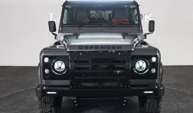 Land Rover Defender 110 2.2 D XS Utility Station Wagon 5dr full