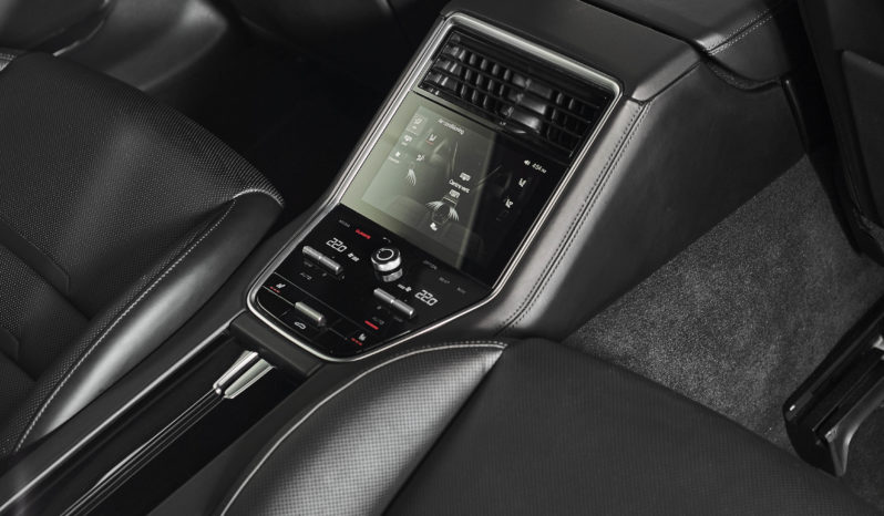 Porsche Panamera 4.0 V8 4S Diesel PDK AWD full