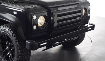Land Rover Defender 110 2.2 XS Utility Station Wagon full
