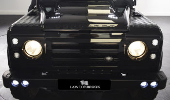 Land Rover Defender 110 XS Station Wagon full