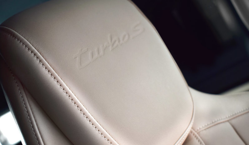 Porsche Taycan 93.4kWh Turbo S Auto 4WD 4dr full
